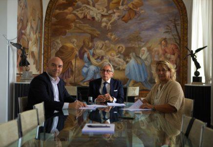 Nasce a Napoli il primo Master in Italia per la formazione dello Youth Worker - Siglata l'intesa tra Suor Orsola ANG e Fondazione Santobono