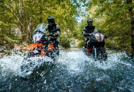 PIRELLI e KTM presentano Ride Out Experience 2020: l'avventura è servita!
