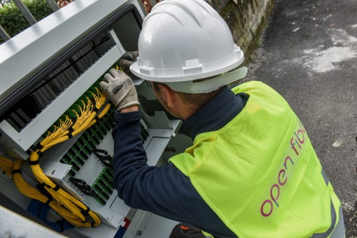 Nuoro, la fibra di Open Fiber presto nelle case dei cittadini