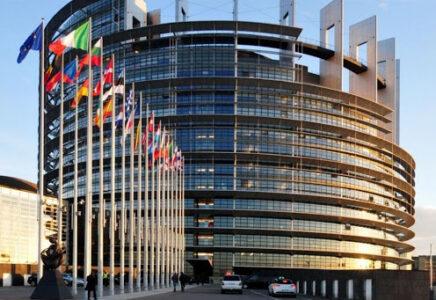 Sondaggio: fondi UE e Stato di diritto, il 77% vuole che siano collegati