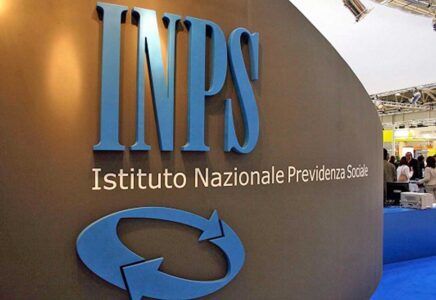 1.500 borse di studio INPS per studiare all'estero: pubblicato il bando Itaca