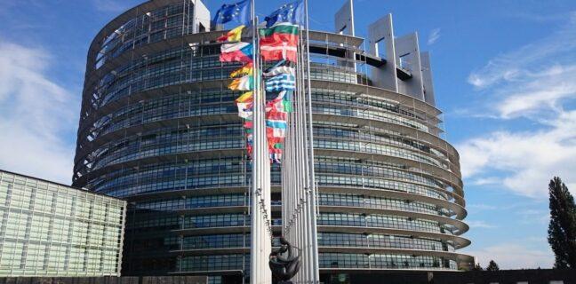 Libertà dei media: PE, no a tentativi di soppressione di critica e pluralismo