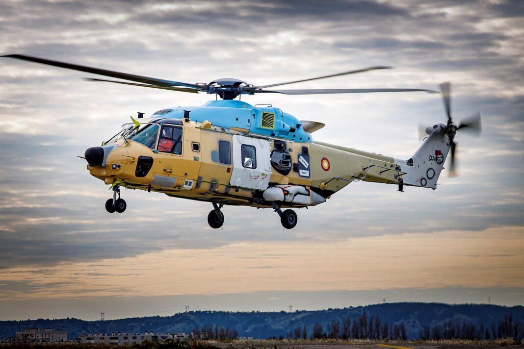 Leonardo: primi voli degli elicotteri NH90 per il Qatar in configurazione navale e terrestre