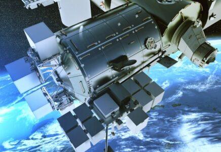Il Centro Aerospaziale Tedesco (DLR) utilizzerà il servizio Bartolomeo di Airbus per la prima verifica in orbita degli orologi laser-ottici_ COMPASSO