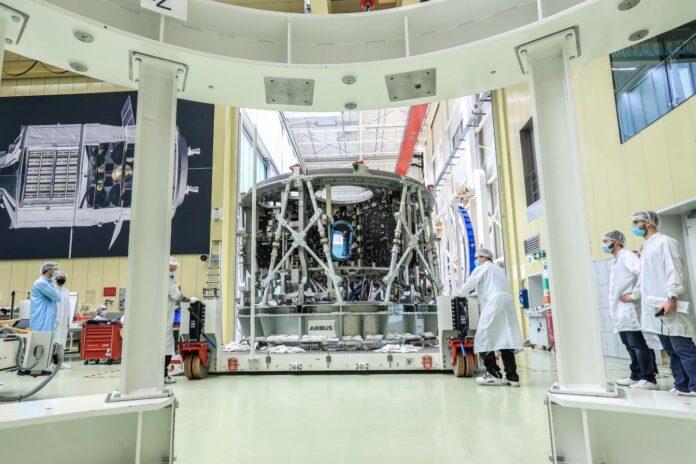 ESA con Airbus per la costruzione di altri tre moduli di servizio europei (European Service Modules - ESM)