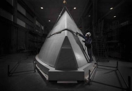 Ferretti Group: svelato il work in progress del modello dello scafo del nuovo 35 metri