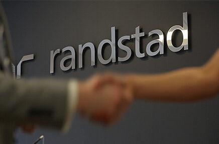 Randstad e Microsoft insieme per le competenze digitali:L'obiettivo è di formarenuovi Solution Architectin grado di realizzare soluzioni aziendali basate su dati, che migliorino i processi di business, i sistemi e i flussi di lavoro.