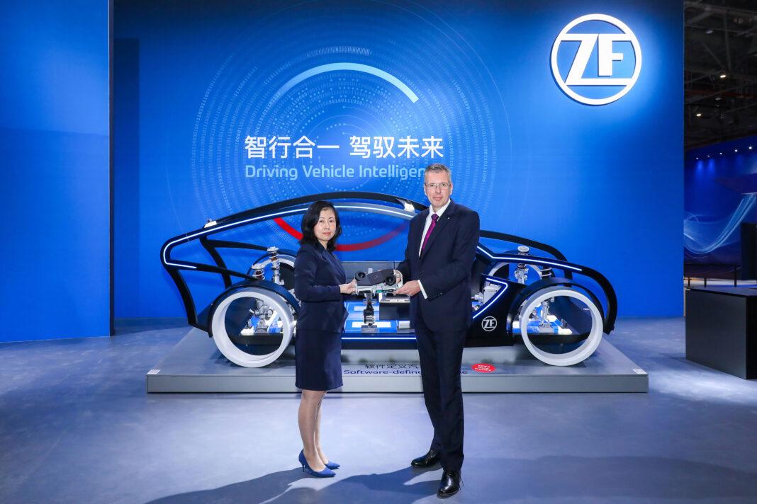 ZF traina il settore dei veicoli intelligenti con ZF ProAI