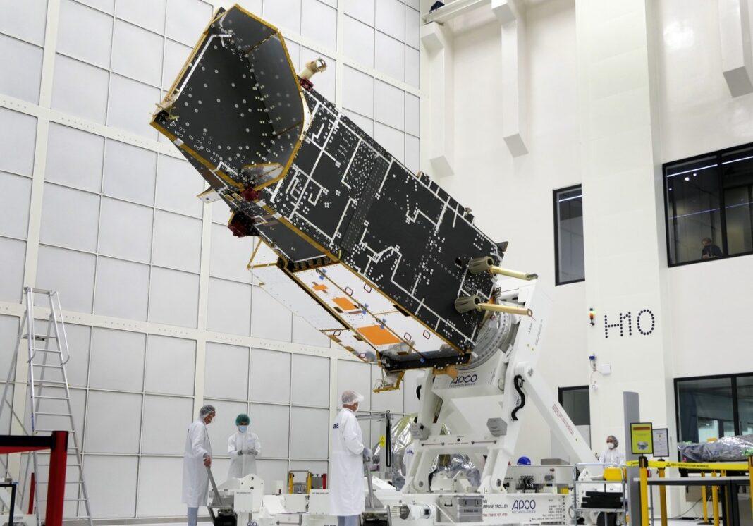 il satellite metereologico di airbus prende forma MetOp