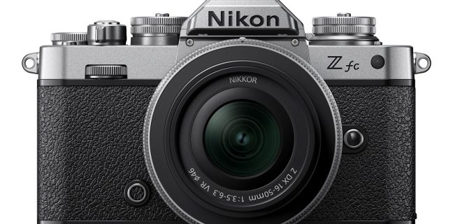 Nikon presenta la nuova fotocamera mirrorless Nikon Z fc