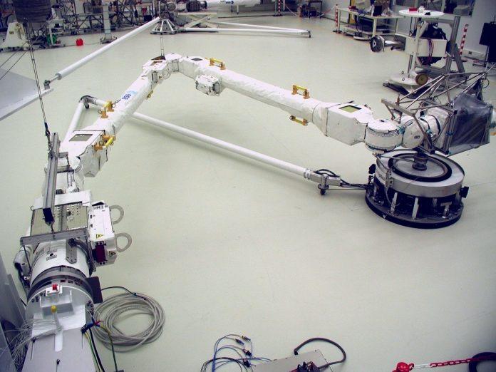 Il braccio robotico europeo costruito da Airbus è pronto per lo spazio
