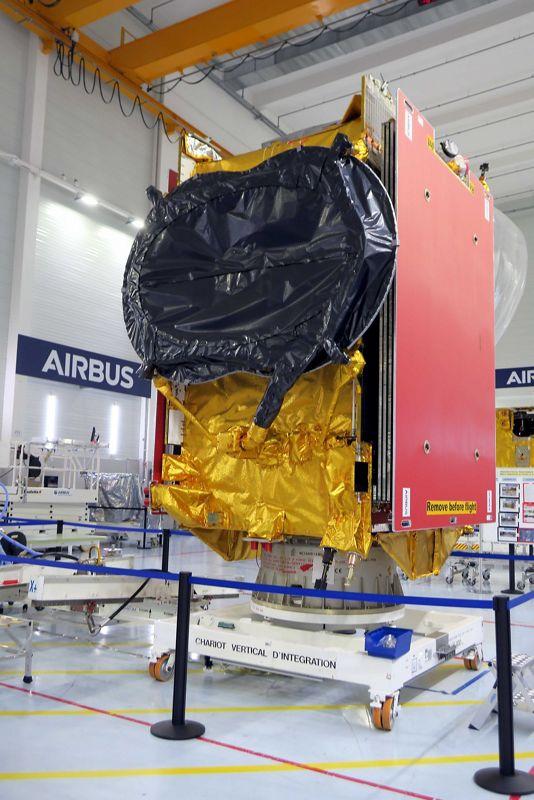 Il satellite QUANTUM EUTELSAT costruito da Airbus è arrivato al sito di lancio