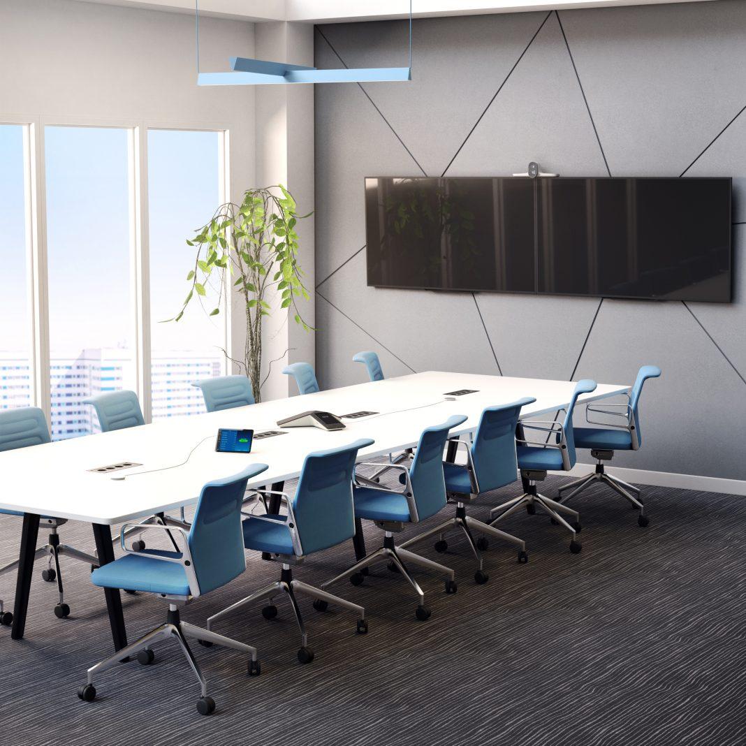 Poly presenta dispositivi per videoconferenze con le stesse qualità dei set televisivi